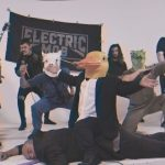 "Electric Mob lança novo single e videoclipe ""Upside Down"""
