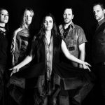 "Evanescence lança novo single ""The Game is Over"""