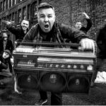 Dropkick Murphys lança novo single Queen Of Suffolk County